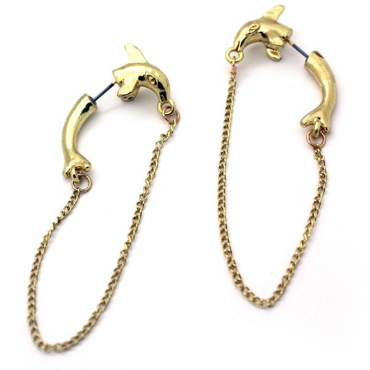 Ear Cuff Earrings With Chain http://www.babi-online.com/store/Dolphin-Ear-Tunnel-Chain-Earrings-951.html